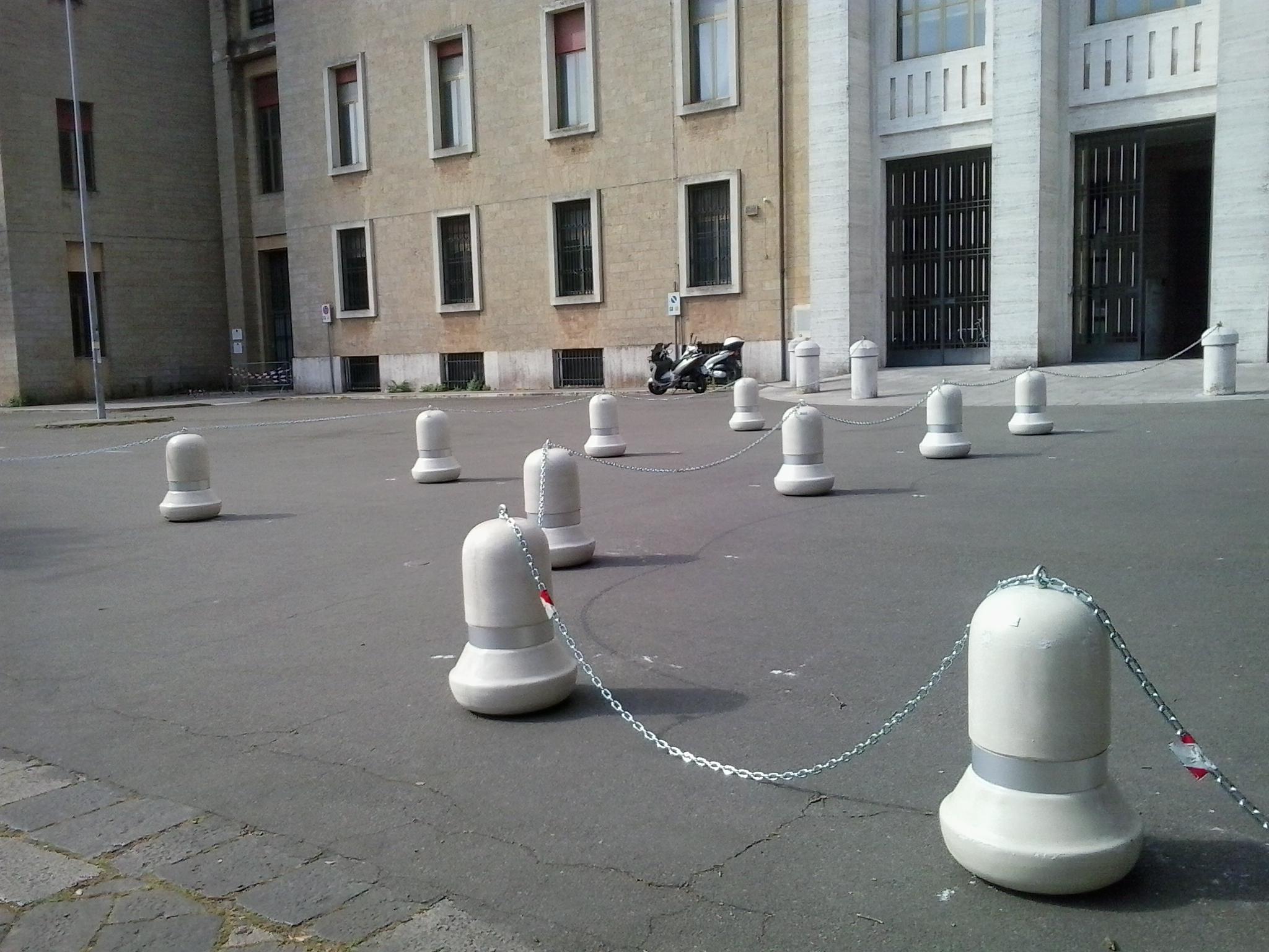 Sbagliato chiudere i parcheggi dell'ex Catasto, siamo pronti a dare battaglia contro la decisione illogica dell'Agenzia del Demanio